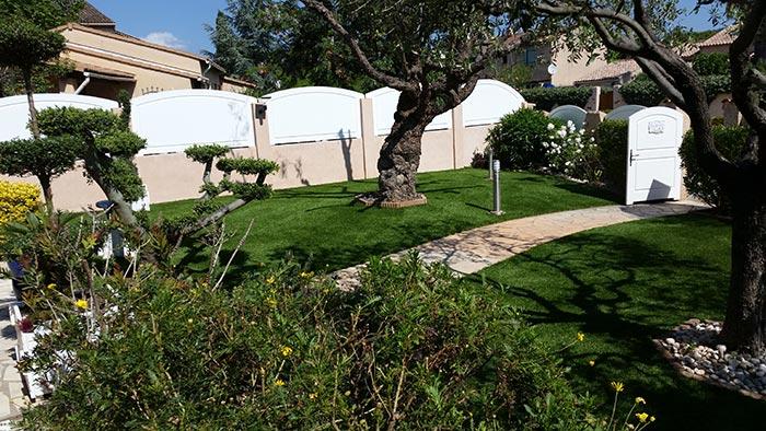 Achat et pose d' une pelouse synthétique pas cher à Cusset