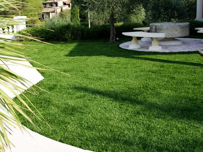 Les experts de la pelouse artificielle française dans l'Hérault