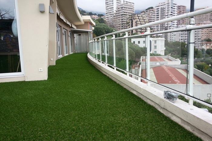 Achat en ligne d' une pelouse artificielle à Saint-Estève