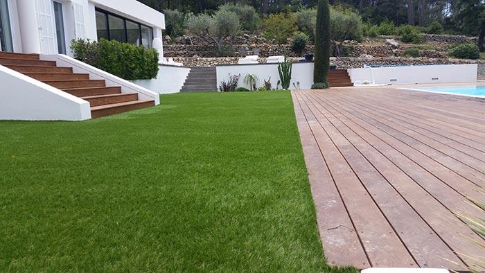 Achat en ligne d' une pelouse artificielle pas cher à Sainte-Maxime