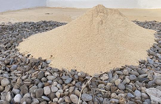 Ajout de sable sur gravier / Préparation de sol